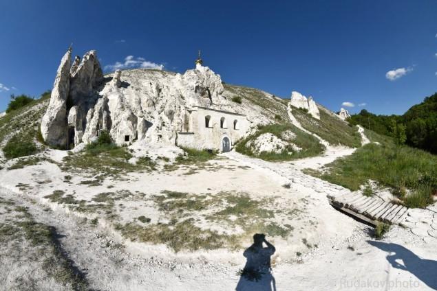 Дивногорье. Пещерный храм в честь Рождества Иоанна Предтечи