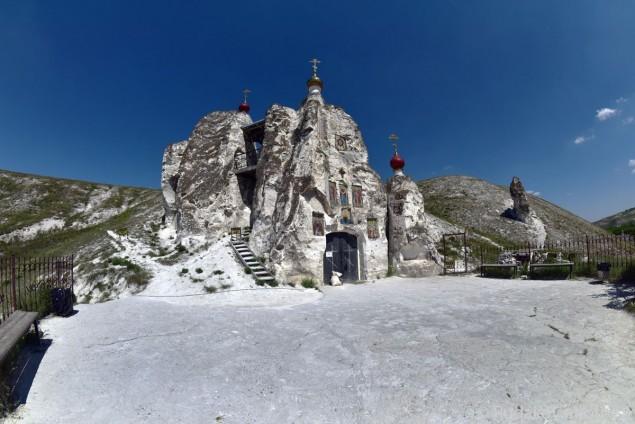 Костомарово. Спасский храм