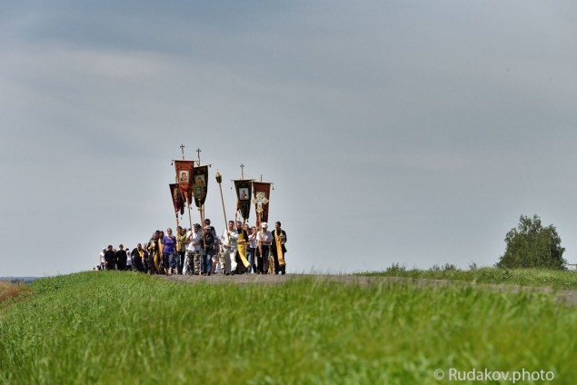 Крестный ход в честь Дня Крещения Руси из Уварово в Ольшанку Тамбовской области