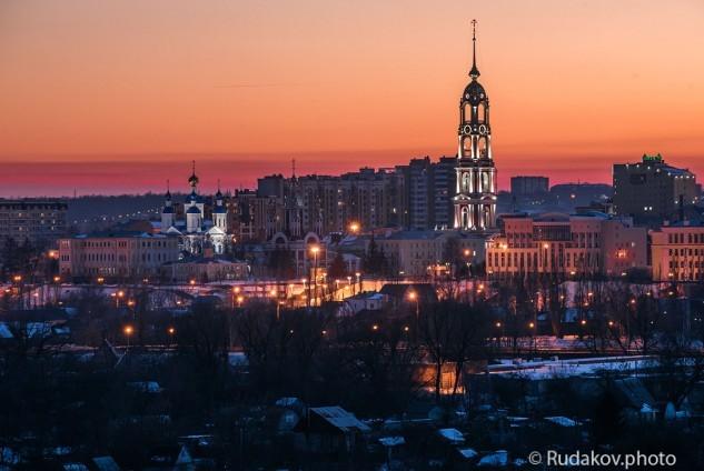 Тамбов вечерний. Вид на Казанский мужской монастырь