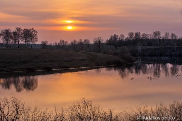 Апрельский вечер на Текинском пруду