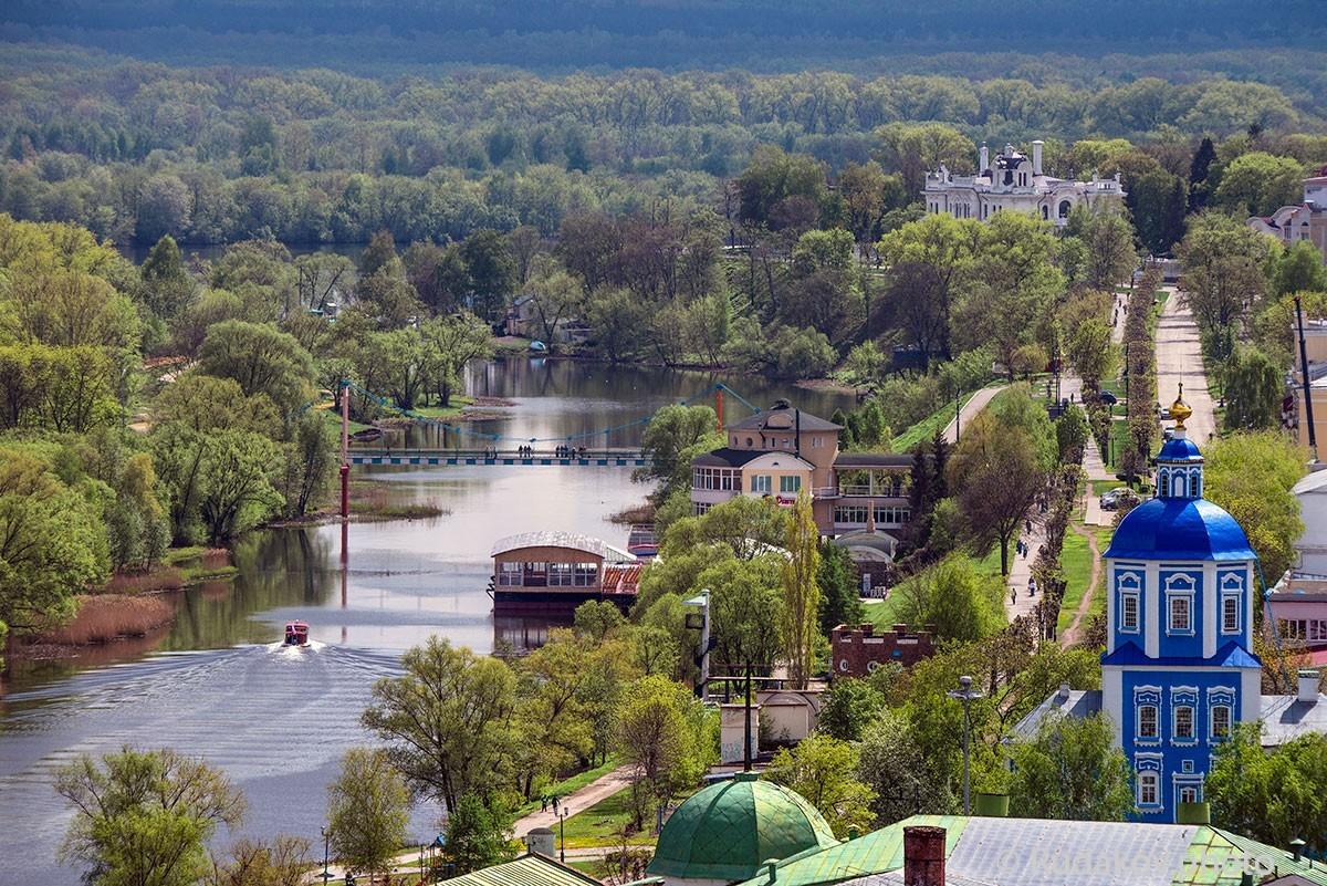 Тамбов.Вид на реку Цну, Покровскую церковь и дом Асеева