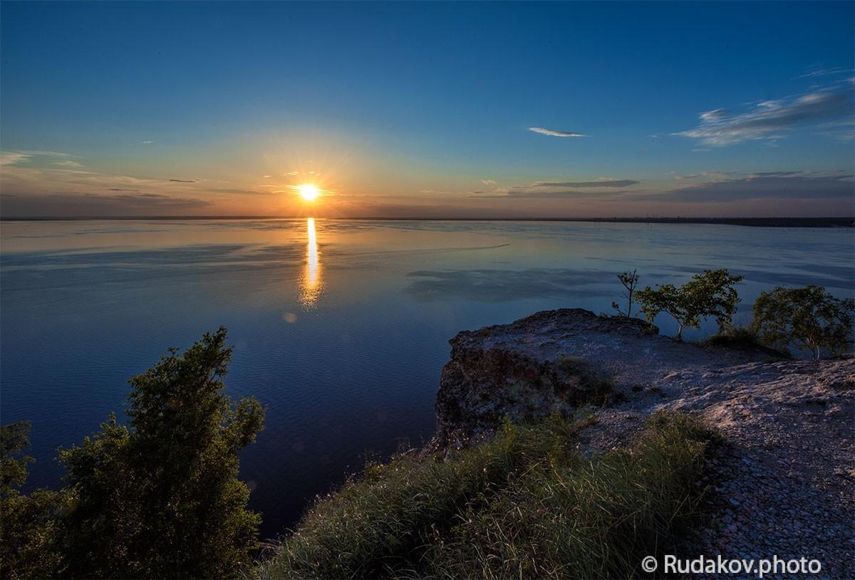 """Вечерняя Волга. Национальный парк """"Самарская Лука."""" Вид с Молодецкого кургана."""