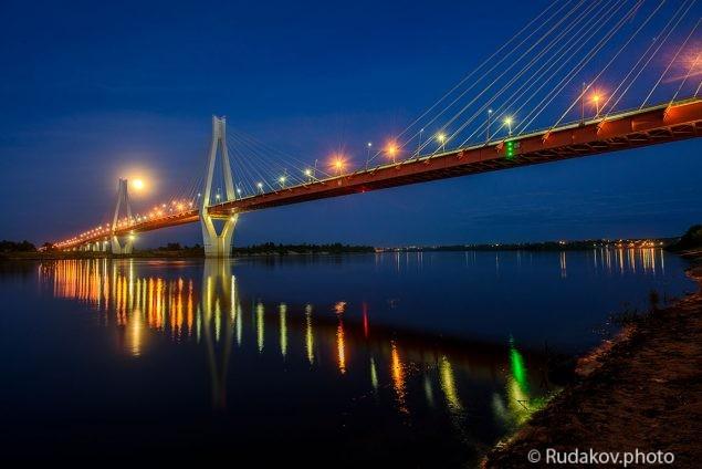 Муромский мост через Оку в ночь полной луны