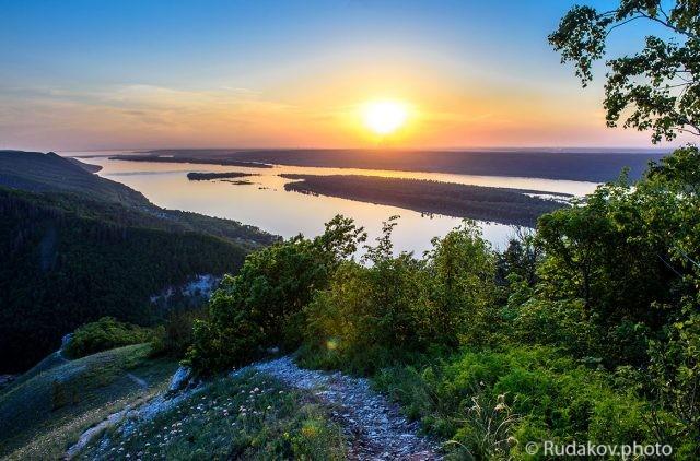 Волга. Вид со Стрельной горы