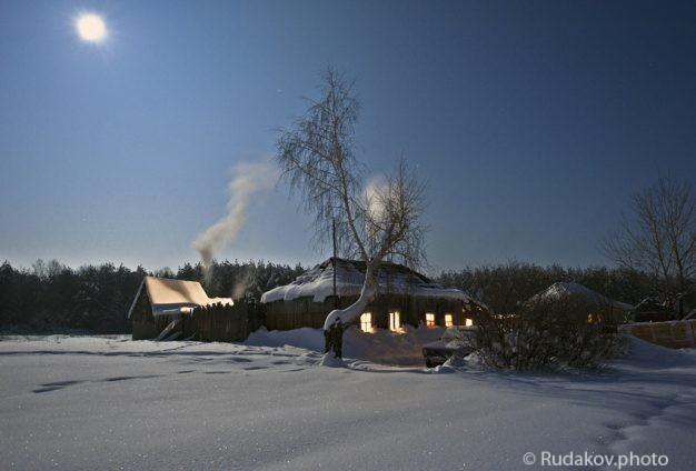 Ночь, зима, избушка, банька..