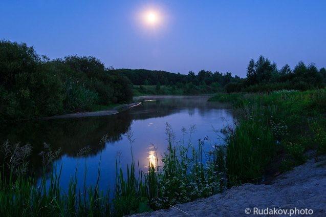 Река Ворона в ночь полной луны