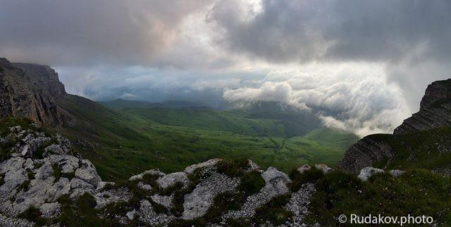 Путешествие за облака (плато Канжол) панорама