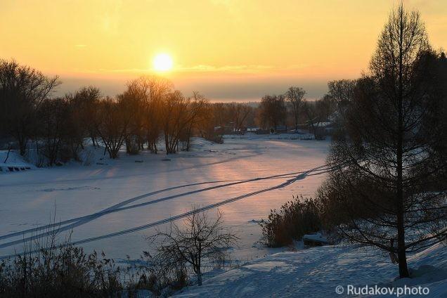 Зимний рассвет над Цной