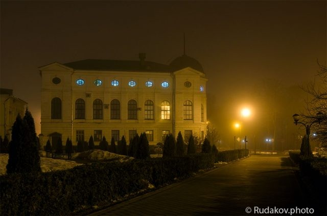 Тамбов. Здание бывшей духовной семинарии