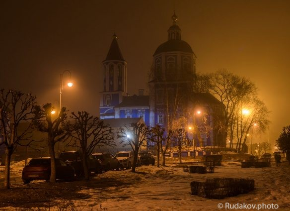 Тамбов.Покровская церковь туманным вечером