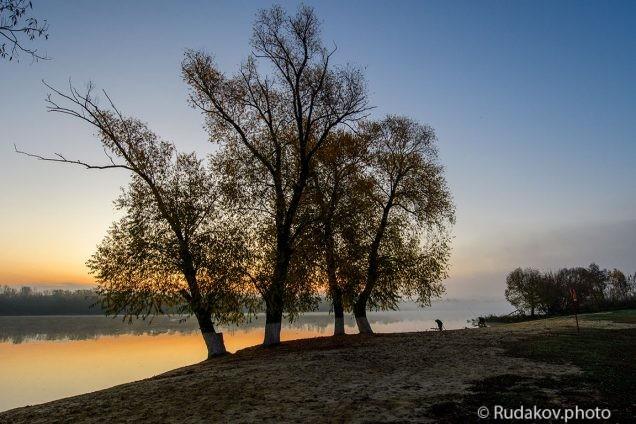 Осенний рассвет. Берег тамбовского моря