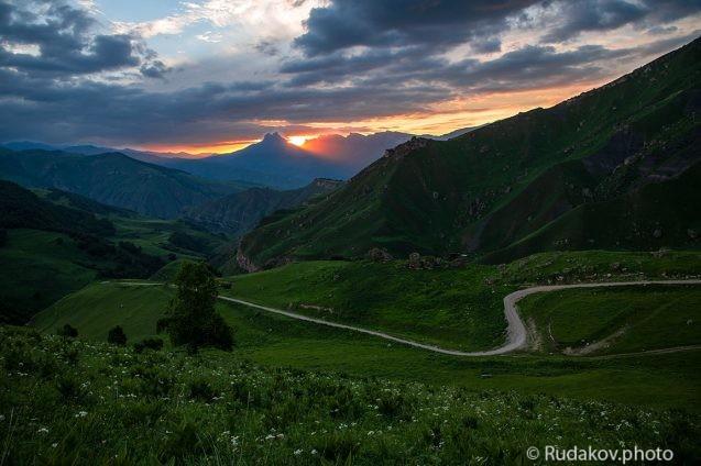 Дорога на перевал Актопрак