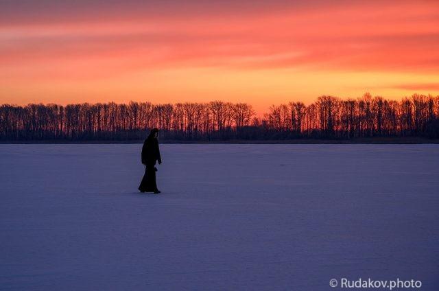 Замерзший монах
